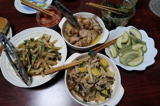 豚肉とはちく竹の子と行者ニンニク山椒醤油炒め、山独活のキンピラ、