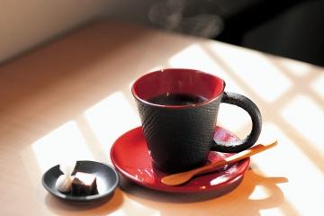 自家焙煎珈琲ハンドドリップ 520円~