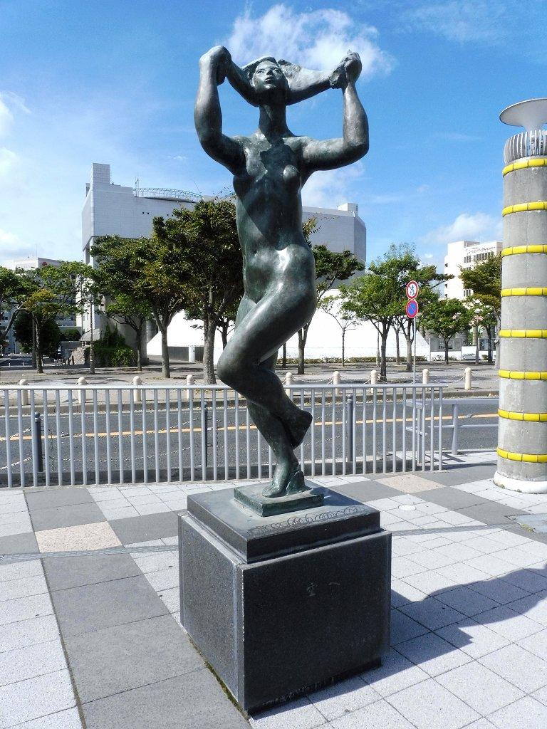 hitachi5.jpg