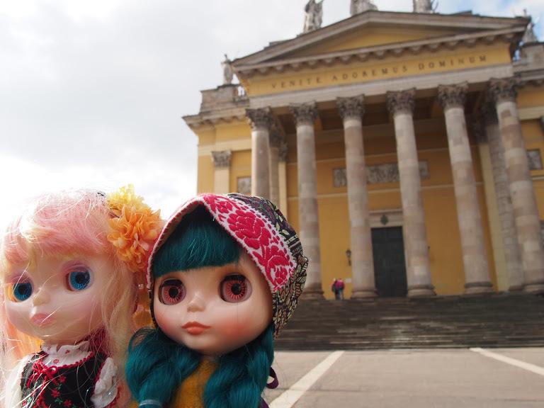 エゲル大聖堂と二人