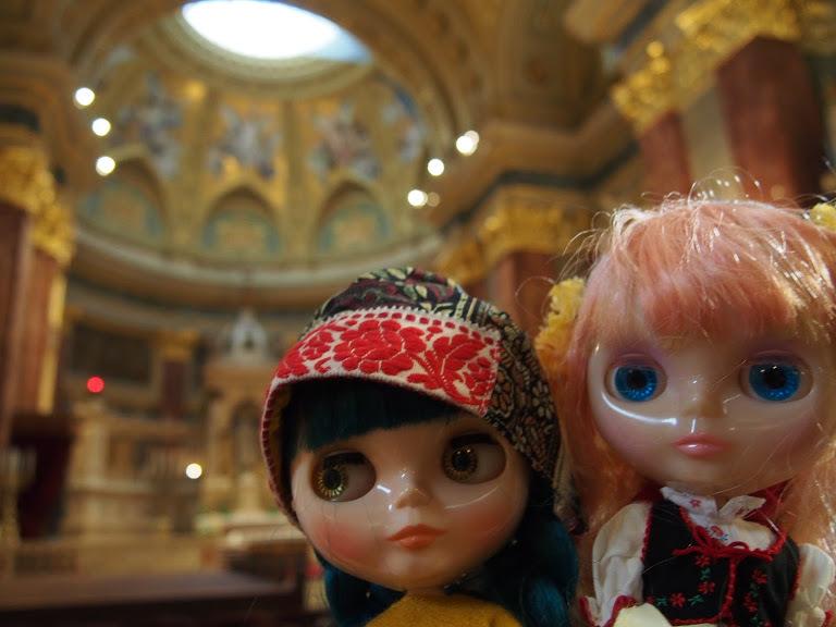 聖イシュトバーン大聖堂と二人