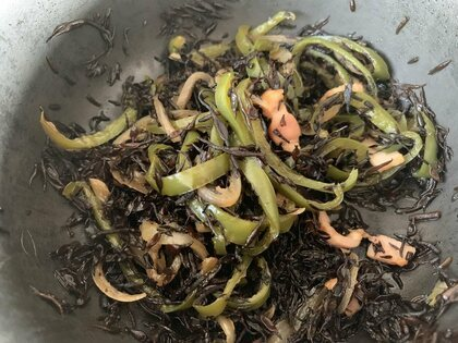 ひじきのオリーブオイル煮