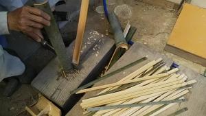 190529竹で杭作る2
