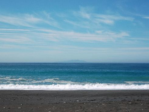 相模湾と伊豆大島