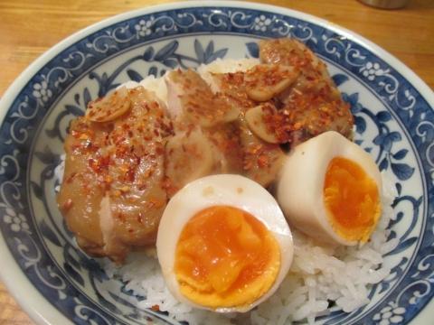 電子レンジで作る鶏チャーシュー丼1