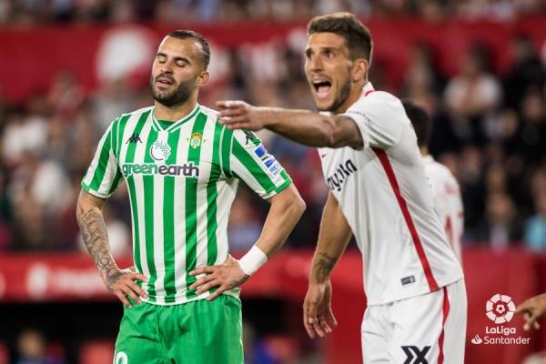18-19_J32_Sevilla-Betis01s.jpg