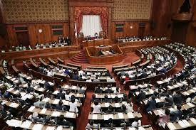 通常国会で働き方改革関連法が成立