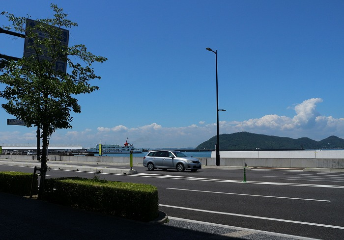 夏色の空と海(高松港)と 1 6 24