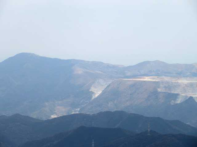 IMG0063JPG平尾台貫山方向