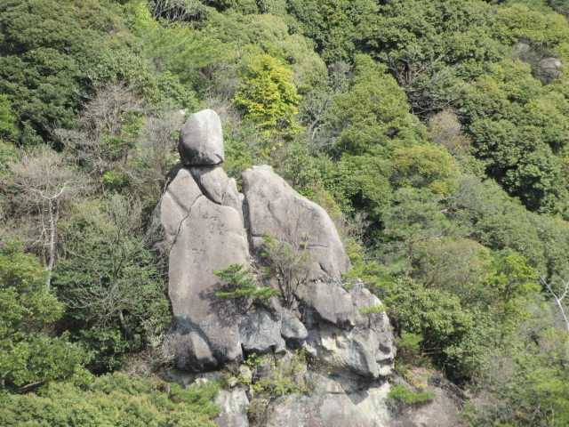 IMG0096JPGカブト岩