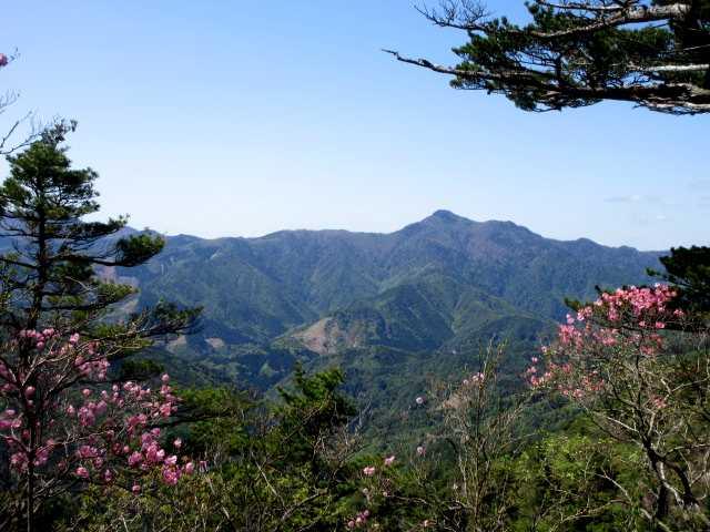 IMG0184JPG傾山遠景