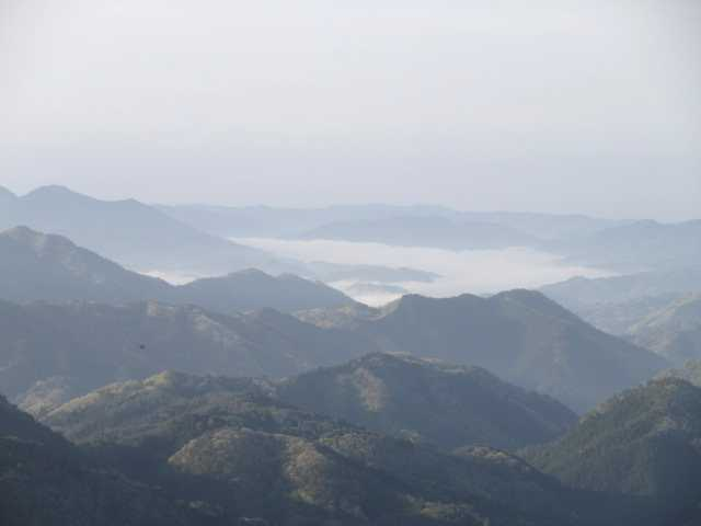 IMG0011JPG岩上から雲海