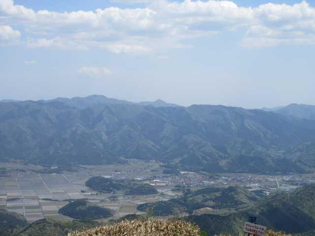 IMG0262JPG莇ケ岳方面