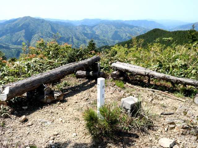 IMG1116JPG野道山山頂