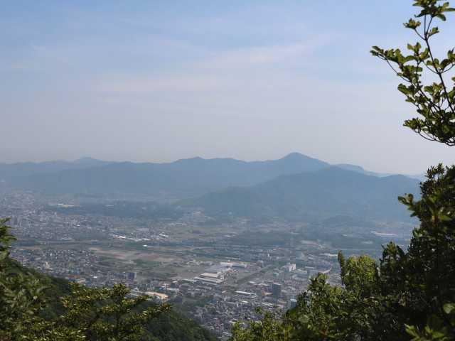 IMG1714JPG展望岩より貫山