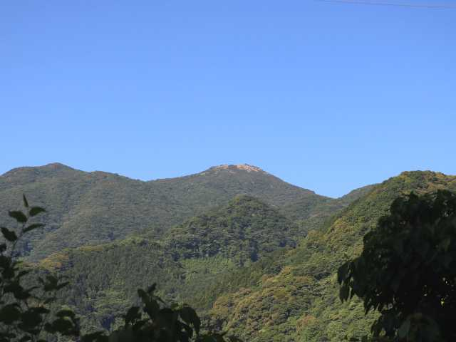 IMG1816JPG湖畔より福智山