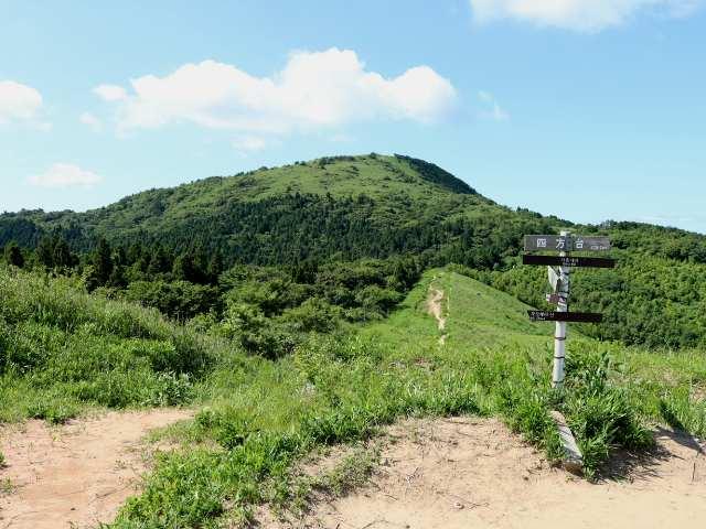 IMG0082JPG四方台と貫山