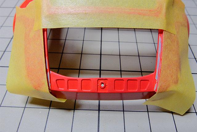 7985 エンジン開口部マスキング 640×430