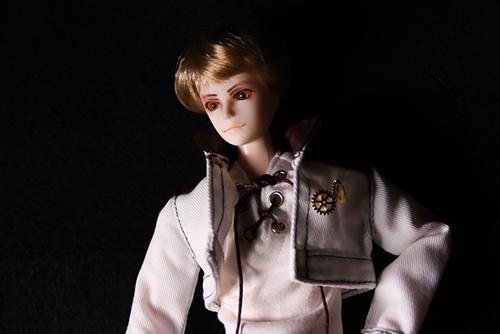 PARABOX、27cmスリム、弥勒ヘッド、メイクカスタム、京極夏彦の小説「百鬼夜行シリーズ」の榎木津礼二郎をイメージしたドール・礼二郎。新しいお洋服を買ったので、ファッションモデル風に。