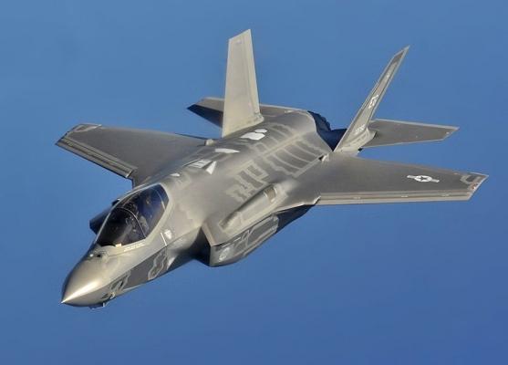 800px-F-35A_flight_(cropped).jpg