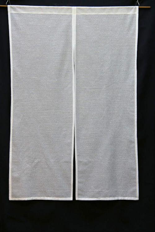 カーテン・レースで作った暖簾