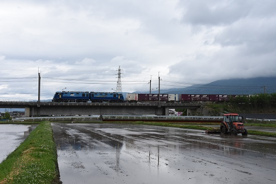 5月28日 東線貨物2083レ EH200-11