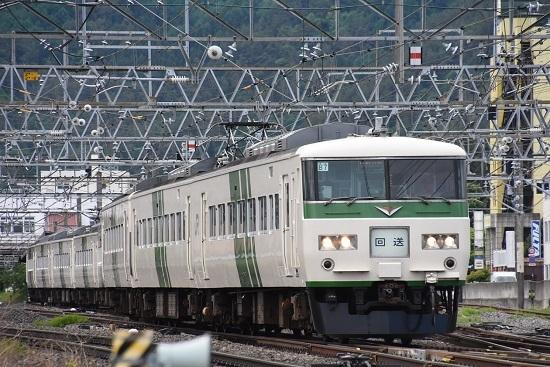回9263M 185系回送 塩尻駅発車
