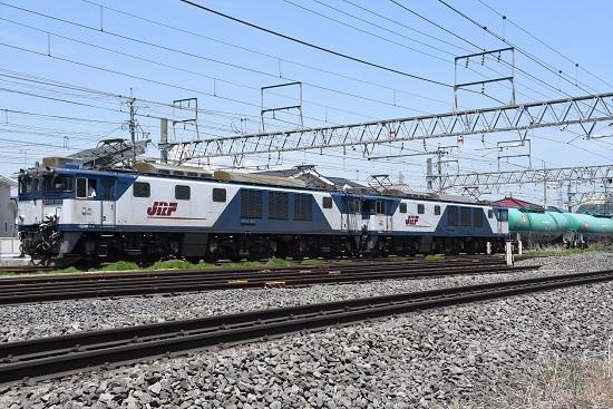 塩尻駅に入線 西線貨物8084レ EF64-1010
