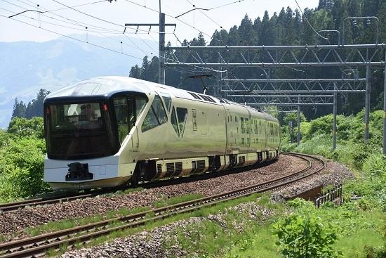 TRAIN SUITE 四季島 後撃ち