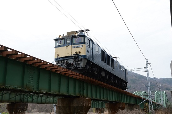 1770レ EF64-1026号機
