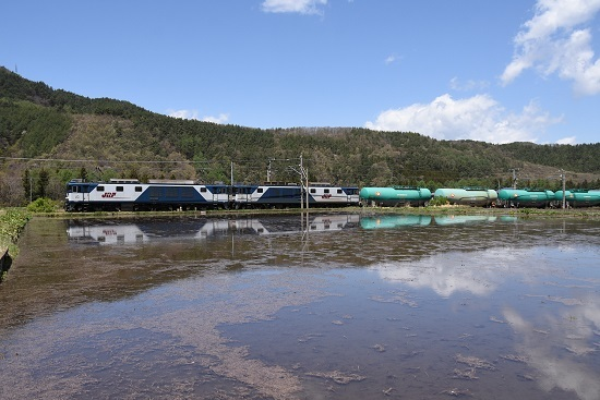 5月2日 西線貨物8084レ EF64-1005+1013号機