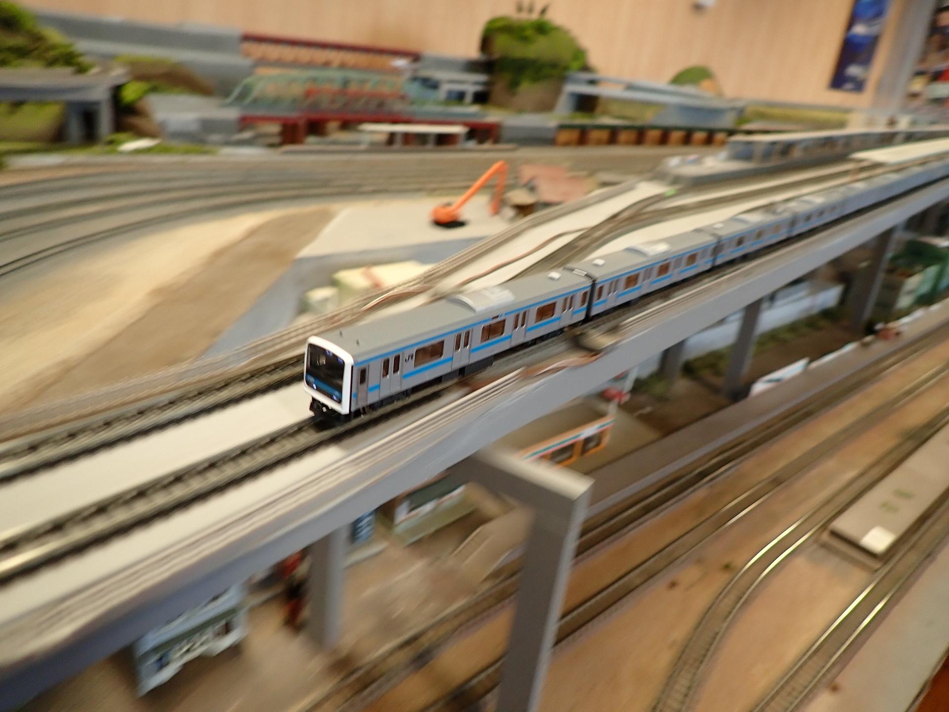 京浜東北線209系7次車を走らせました。