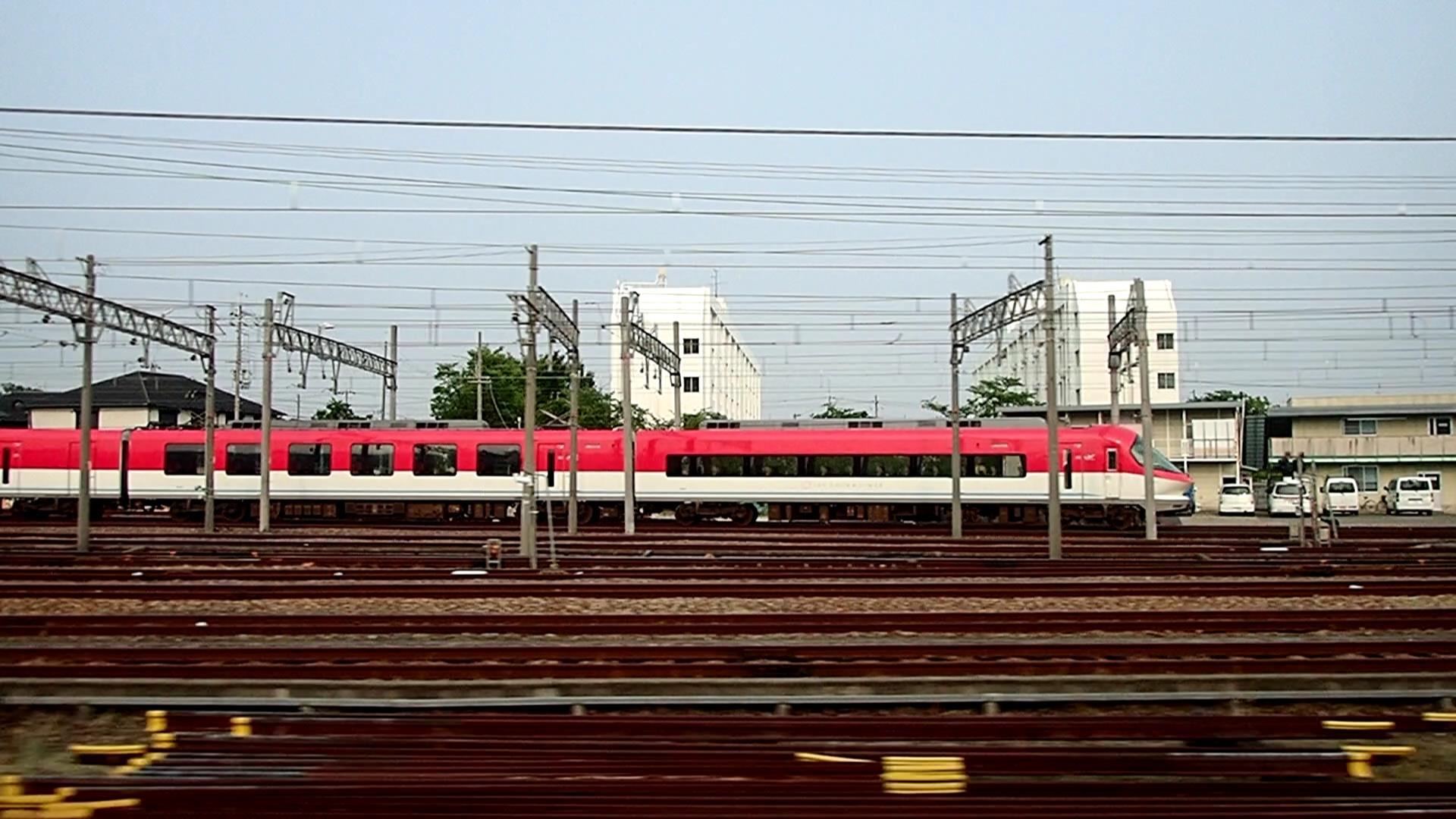 伊勢志摩ライナー奇数車番赤編成です。