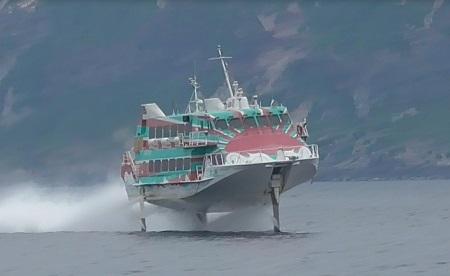 高速ジェット船