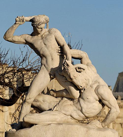 800px-Theseus_Minotaur_Ramey_Tuileries.jpg