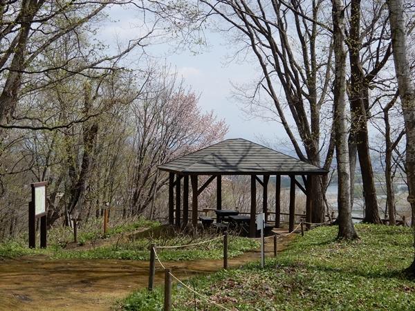 北邦野草園東屋