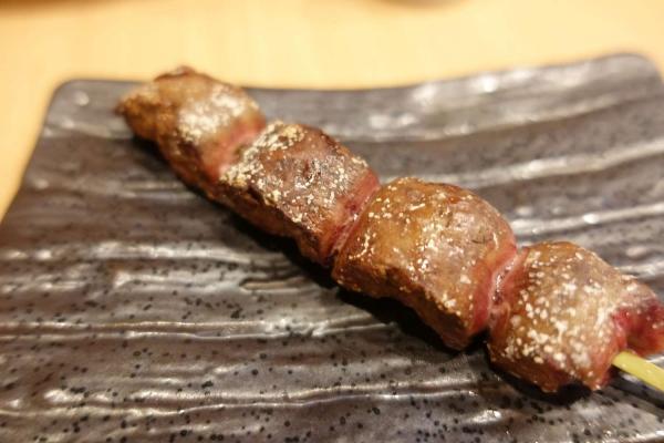炭火串焼 とり芳(ほう)