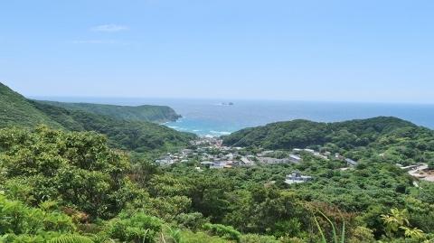 黒島登山口から前浜港 (480x269)