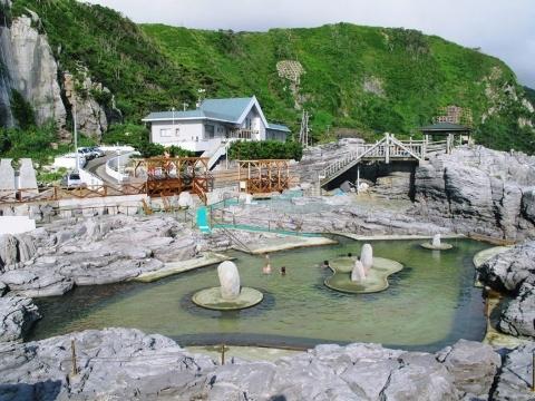 神津島温泉保養センター (480x360)