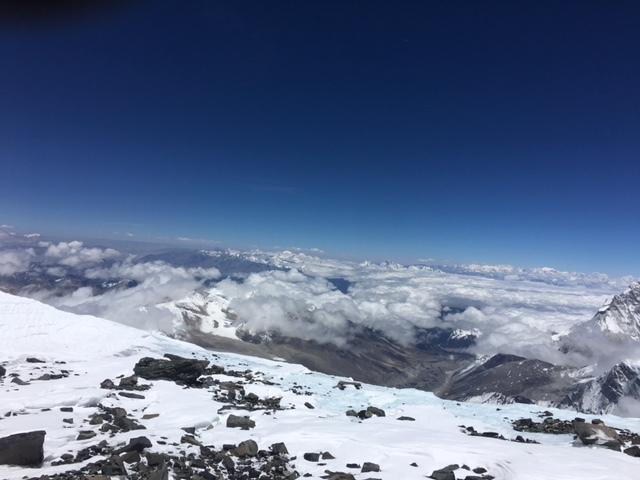 サウスコル・チベット遠景