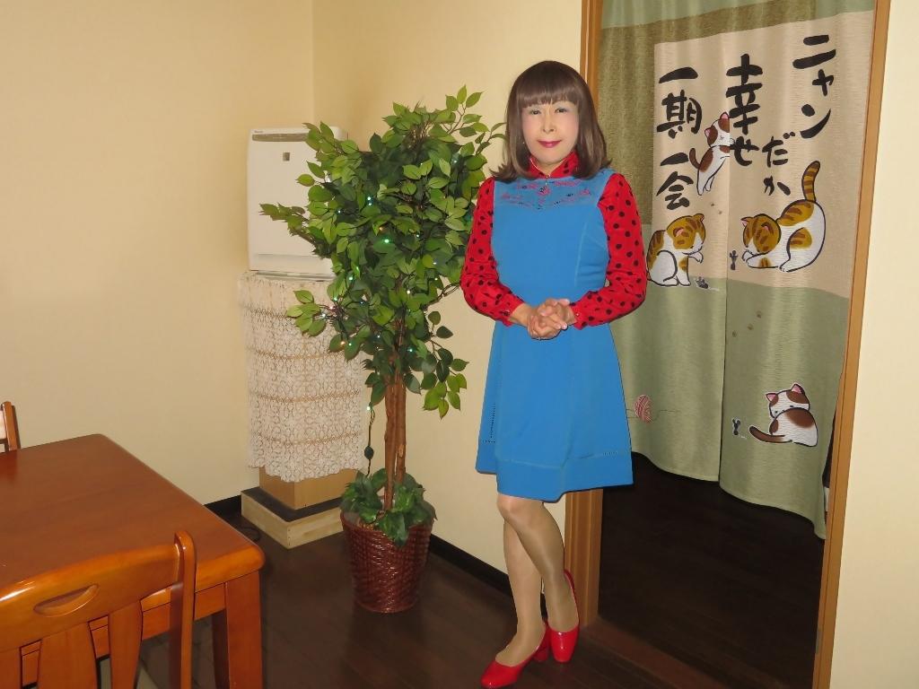 青ワンピ赤ドットブラウスカラオケB(6)