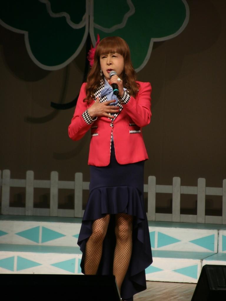 ピンクジャケット舞台Y撮影縦(2)