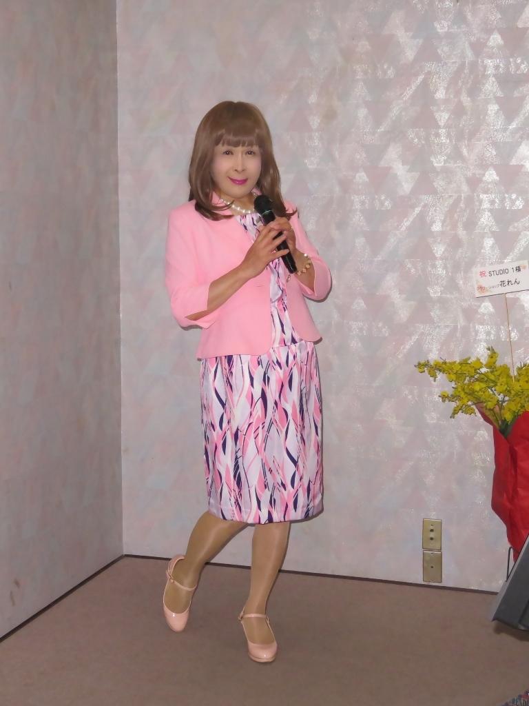 ピンクスーツカラオケ(3)