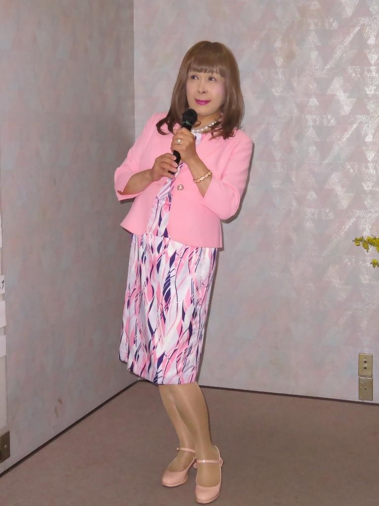 ピンクスーツカラオケ(4)