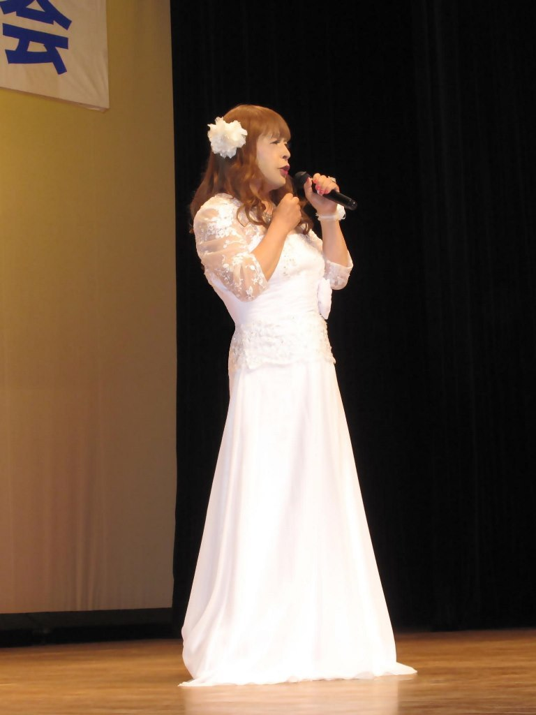 白ロングドレス舞台(5)