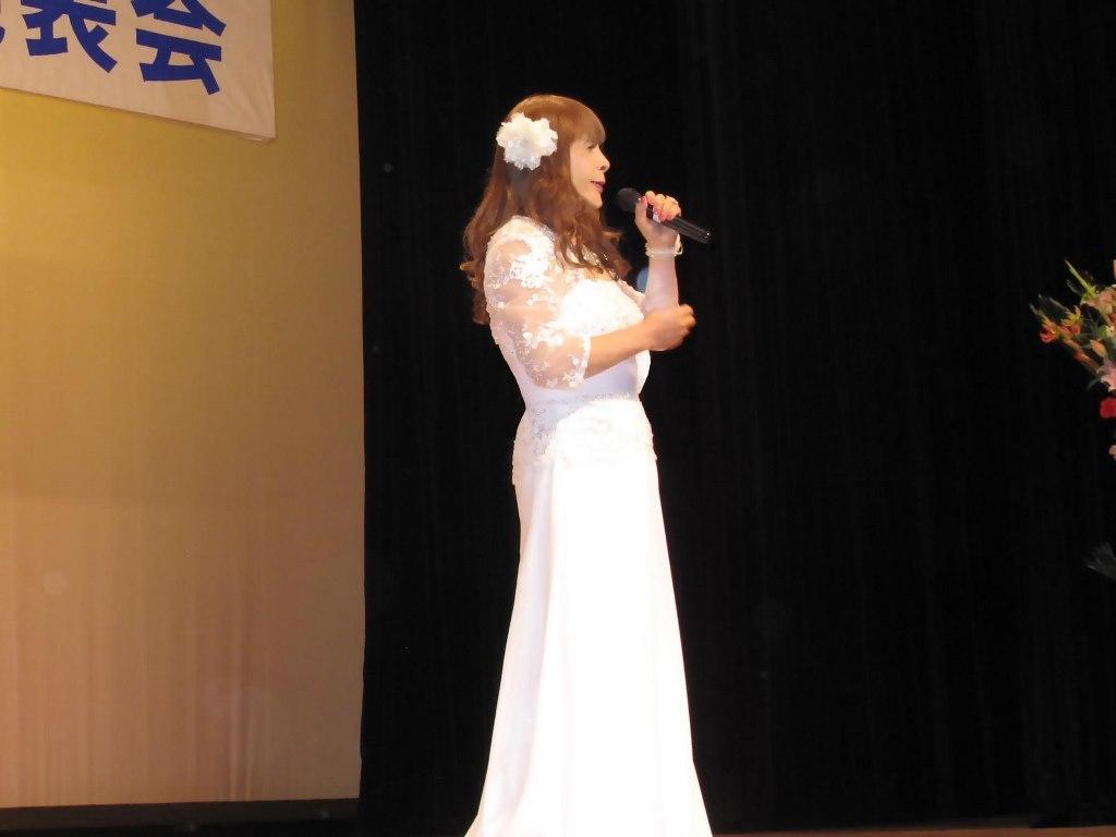 白ロングドレス舞台(8)