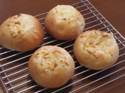 オニオンチーズパン3