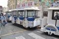 トロッコ電車風のバス