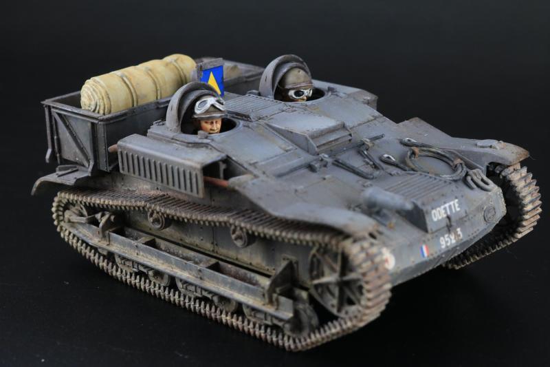 フランス陸軍UEトラクター完成2
