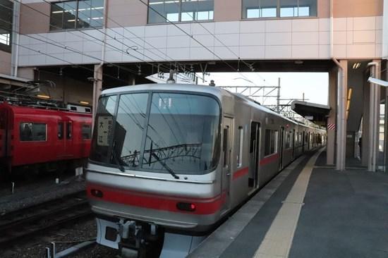 ②大江駅ホーム